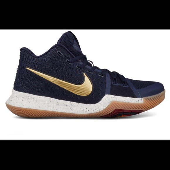 huge selection of f8093 6247d Nike Kyrie 3 with box